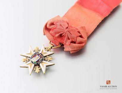 Ordre royal et militaire de Saint-Louis , croix de chevalier en or et émail, les...