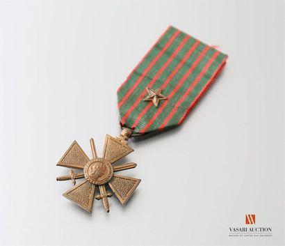 France: croix de guerre 1914-1918, ruban...