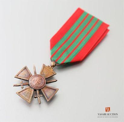 France - Croix de guerre 1939, bon ruban,...