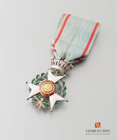 Croix de juillet 1830, argent, centre or...