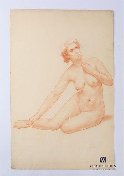 VAN ROY Dolf (1858-1943) Nu féminin se tenant...