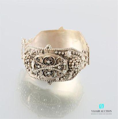 AFRIQUE DU NORD Bracelet en argent à décor...