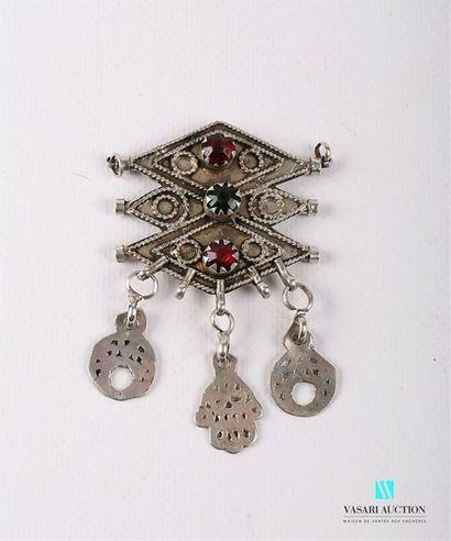 Éléments de collier en argent à décor de...