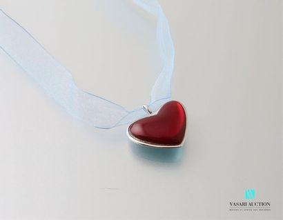 Pendentif en argent en forme de coeur en...