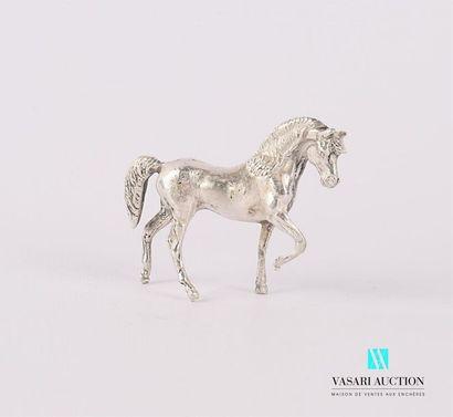 Sujet en argent représentant un cheval Haut....