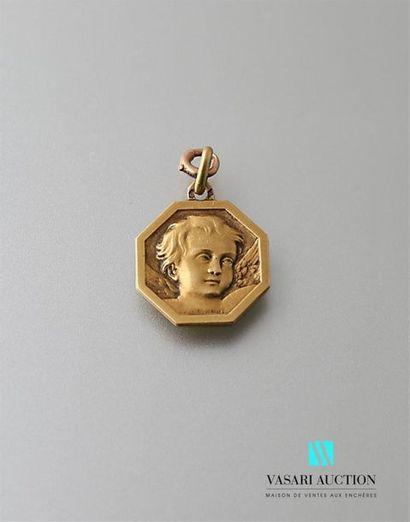 Médaille en or jaune 750 millièmes à pans...