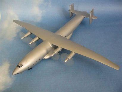 Antonov An-22. Maquette constructeur en bois...