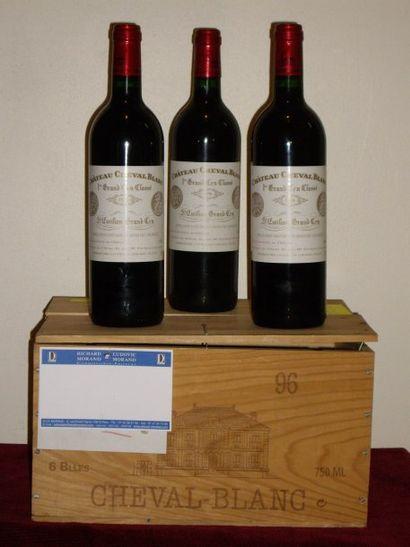 12 bouteilles de Cheval Blanc 1996