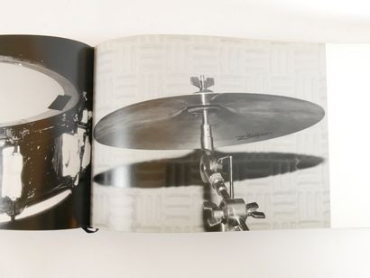 SLIMANE Hedi,  Stage, 7 L  Steidl Verlag, First Edition 2004  Ouvrage dédicacé et...