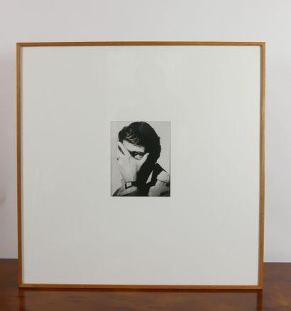 PENN Irving (1917-2009) d'après,  Portrait d'Yves Saint Laurent  Photographie, circa...