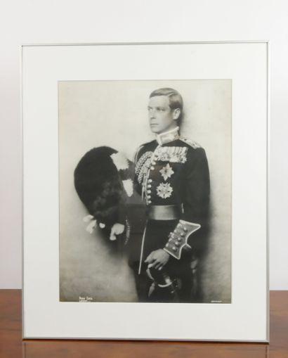 HUGH CECIL London  Edouard VIII, roi d'Angleterre...