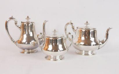 ALFENIDE:  Service à thé et à café en métal argenté de forme balustre. La prise...