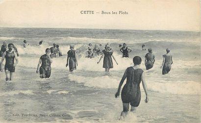 31 CARTES POSTALES SCENES DE PLAGE : Divers....