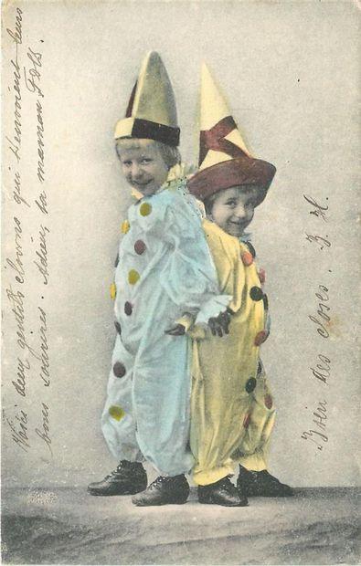 105 CARTES POSTALES FANTAISIES : Thématiques des Enfants, Illustrations et Réels....