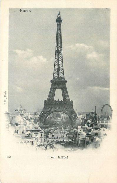 10 CARTES POSTALES PARIS : La Tour Eiffel....