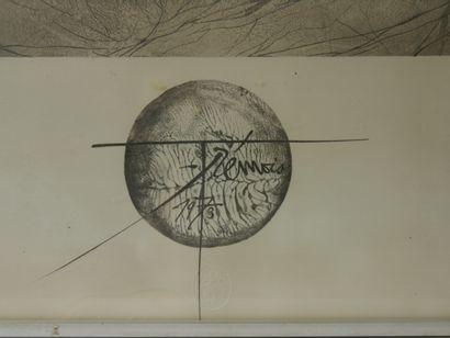 Pierre-Yves TREMOIS (1926-2020)  L'étreinte  Affiche en noir et blanc imprimée par...