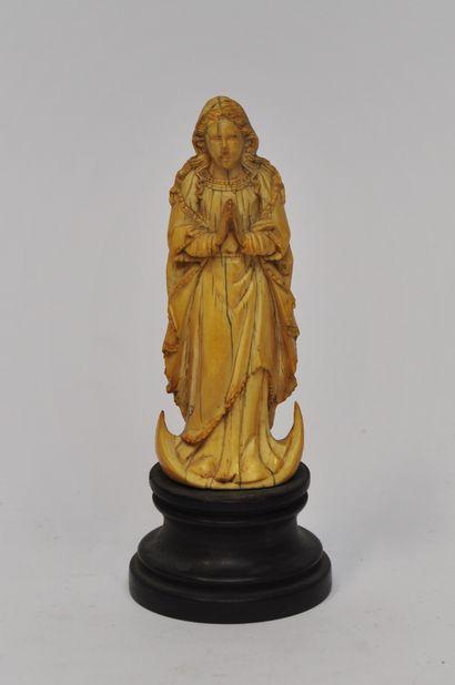 Vierge de l'Immaculée Conception en ivoire...