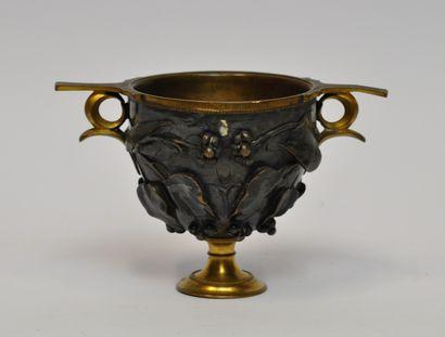 Ferdinand BARBEDIENNE (1810-1892)  Vase en...