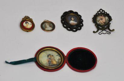 Lot de 5 miniatures comprenant :  - Jemme...