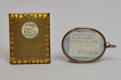 Lot de deux miniatures sur carton et encadrées représentant :  - Portrait présumé...
