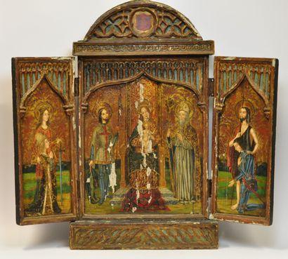 Retable en bois sculpté et peint orné d'armoiries,...