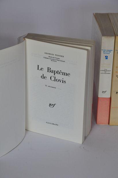Trente journées qui ont fait la France  Editions Gallimard, 17 volumes    Retrait...