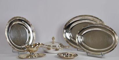 Maison PRATA WOLFF  Lot de métal argenté,...