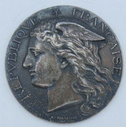 Médaille Argent.  République Française, Ministère...