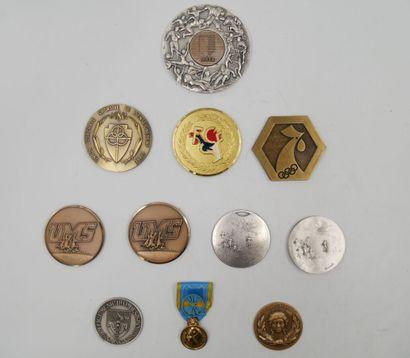 SPORTS. Ensemble de 11 Médailles. Divers...