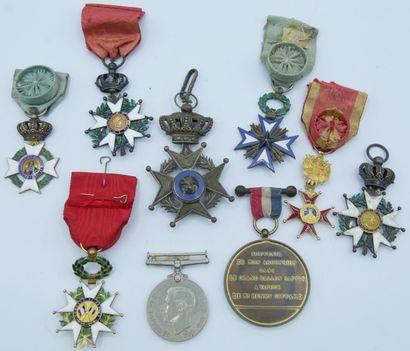 9 Médailles Civiles, Ordres et à Divers....