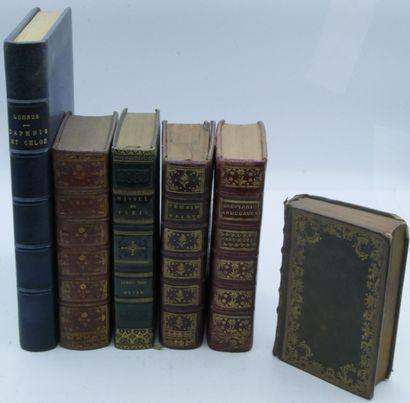 LOT de volumes religieux, littérature et...