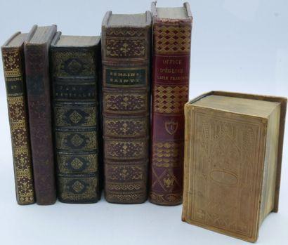LOT de volumes religieux et divers, la plupart en maroquin, aux armes post. et rapportées,...