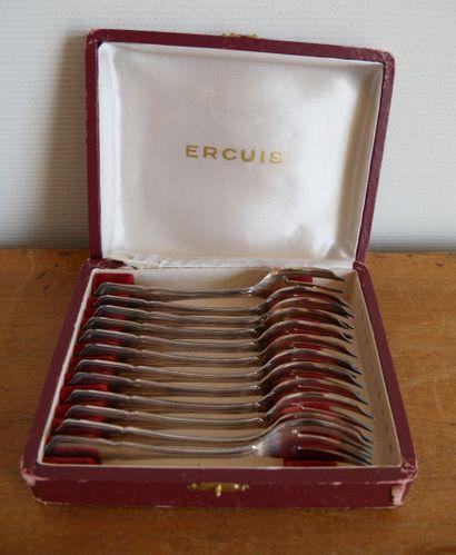 ERCUIS  12 fourchettes à gâteau en métal...