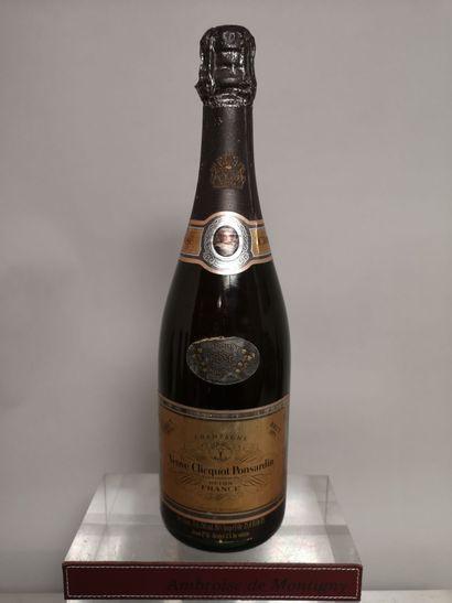 1 bouteille CHAMPAGNE Vve. CLICQUOT PONSARDIN...