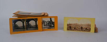 PHOTOGRAPHIES  Lot de planches photographiques, vues stéréoscopiques d'Italie, dont...