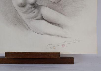 Adolphe LALIRE dit LA LYRE (1848-1933)  Etude de nu  Fusain sur papier signée en...