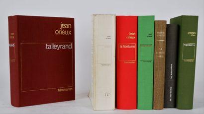 Suite de 6 livres comprenant:  ROUX (Georges),...