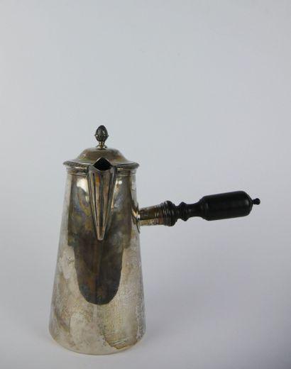 Verseuse conique en argent (950/1000e), le...
