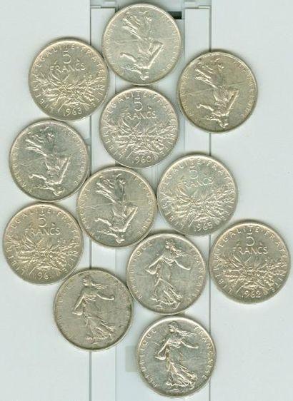 NUMISMATIQUE: Lot de 12 pièces de 5 Francs...