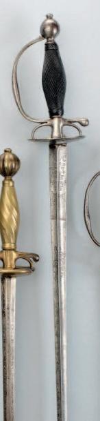 Épée de sergent d'Infanterie. Fusée en ébène...