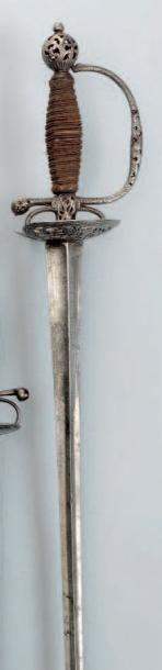 Épée de Cour. Fusée entièrement filigranée...