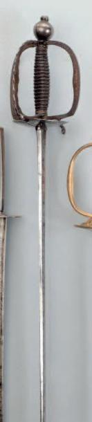 Épée de service à pied de la Gendarmerie....