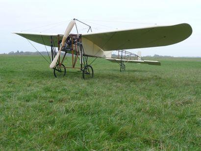 Aéroplane Louis Blériot Type XI, Traversée...