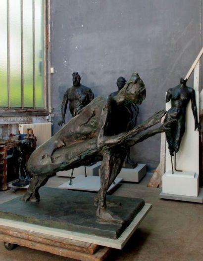 GERMAINE RICHIER ( 1902 – 1959 ) LA SAUTERELLE, GRANDE 1955-1956 Bronze à patine...
