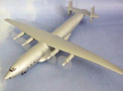 1 MAQUETTE : Antonov An-22. Maquette constructeur...