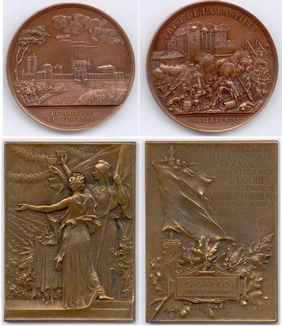 Lot de 19 médailles et plaques en cuivre,...