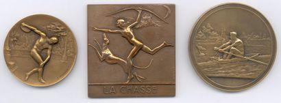 Lot de 27 plaquettes et médailles en bronze...