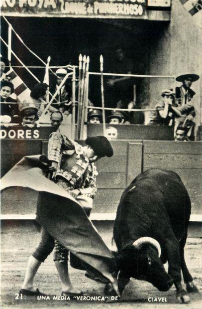119 CARTES POSTALES SPORTS : La Corrida-31cp...