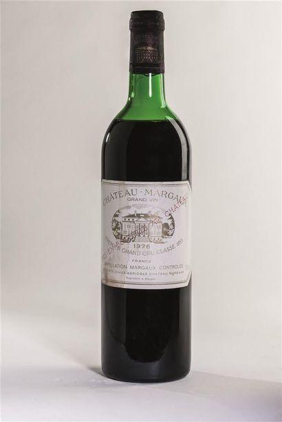 1 bouteille de Château-Margaux, premier grand...