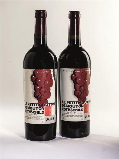 2 bouteilles de Le Petit Mouton de Mouton...